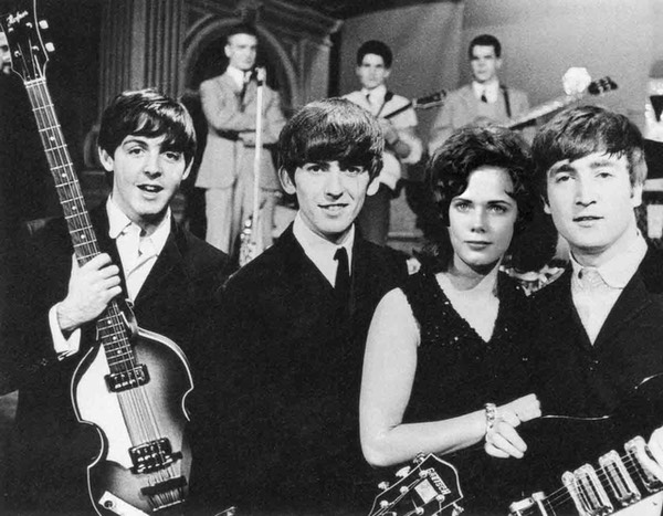 leslie-with-Beatles-web